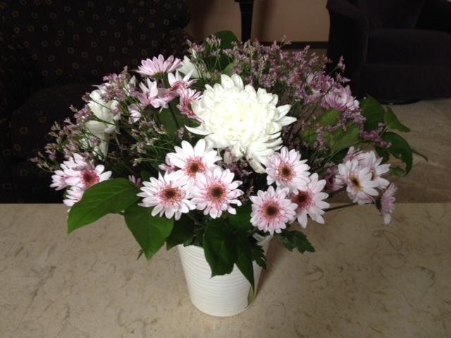Easy $20 Flower Arrangement