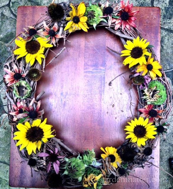 Sunflower wreath for the birds