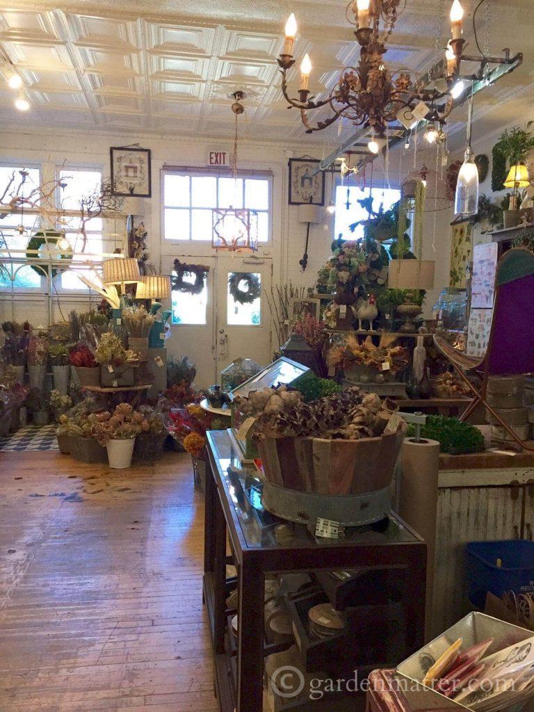 Roxanne's Inside Strip District ~ gardenmatter.com