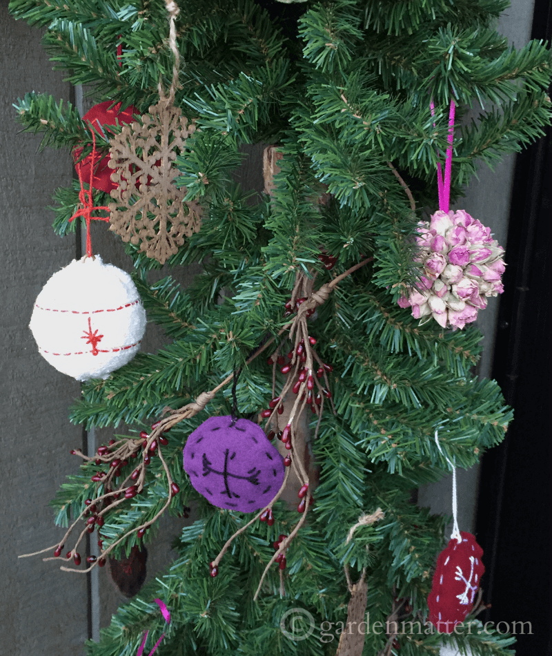 Front Porch ornaments