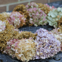 How to Make a Square Dried Hydrangea Wreath