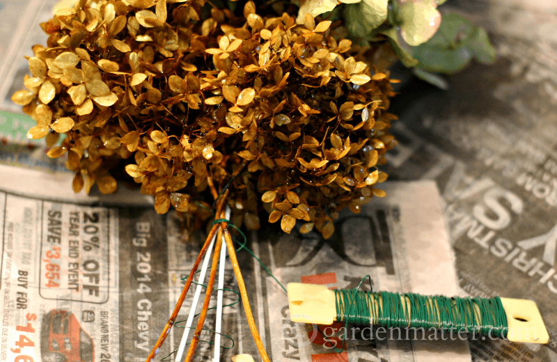 Wired dried flower bunches