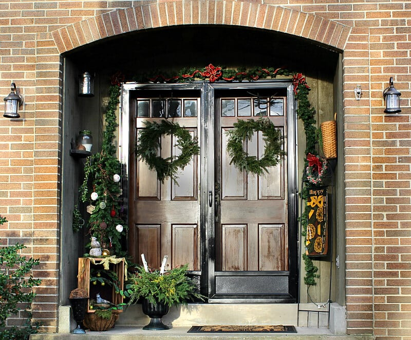 2015 Christmas Home Tour Front Door ~ gardenmatter.com