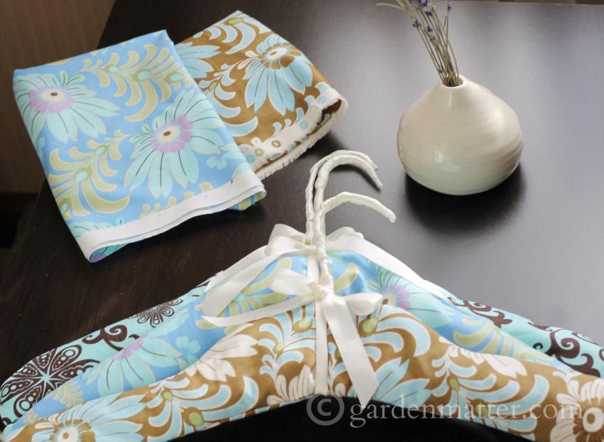 Scented padded hangers ~ gardenmatter.com
