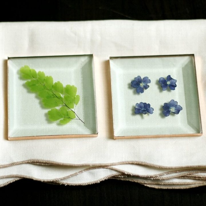 Pressed flower glass coasters