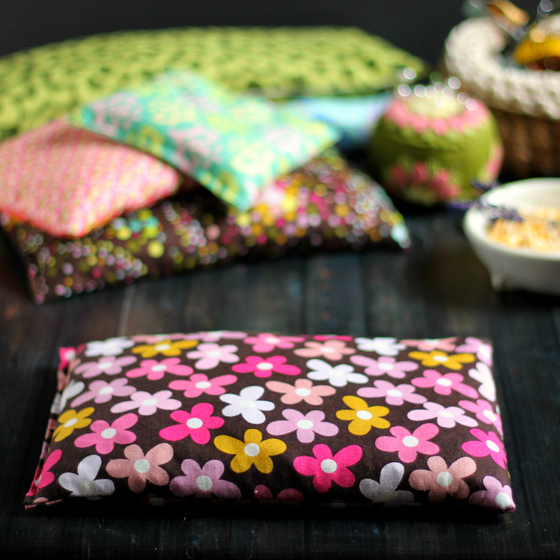 Floral and other microwavable corn heating bags