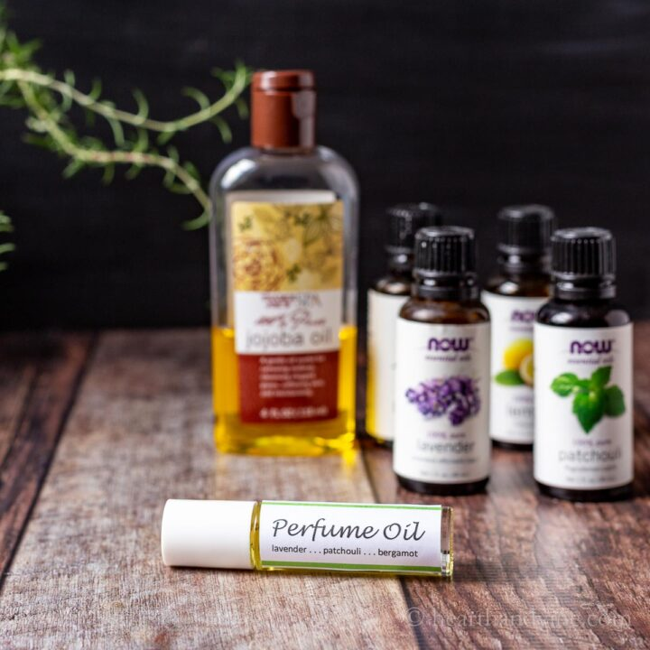 Roller bottle and essential oils