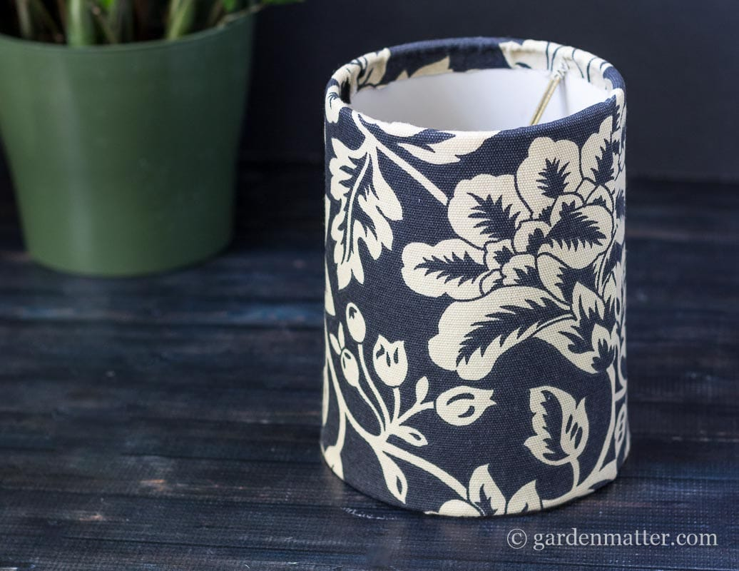 Finished lampshade ~ DIY Fabric Lampshade Makeover ~ gardenmatter.com