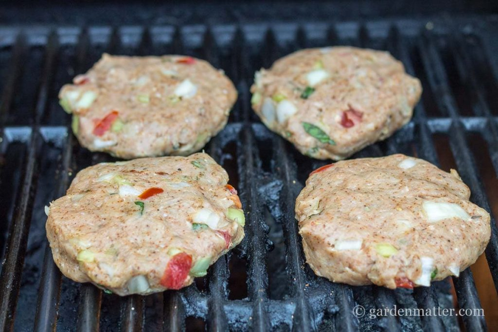 Raw Burgers on the grill ~ Southwest Turkey Burgers ~ gardenmatter.com
