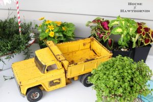 Vintage-Truck-Planter-House of Hawthornes