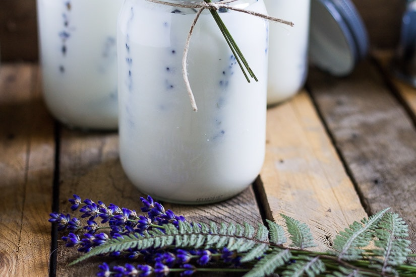 Candles with lavender ~ Press Flower Mason Jar Candles
