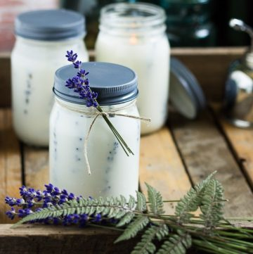 Herbal Candles ~ Press Flower Mason Jar Candles ~ gardenmatter.com