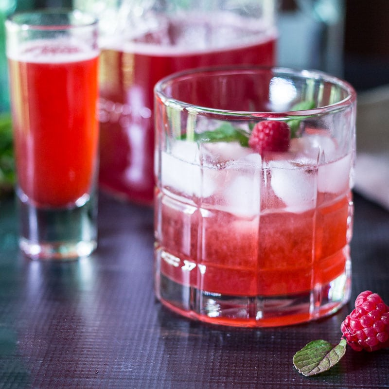 shrub cocktail ~ raspberry shrub reicpe ~ gardenmatter.com