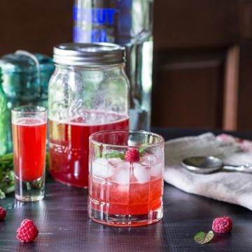 raspberry shrub cocktail ~ raspberry shrub reicpe ~ gardenmatter.com