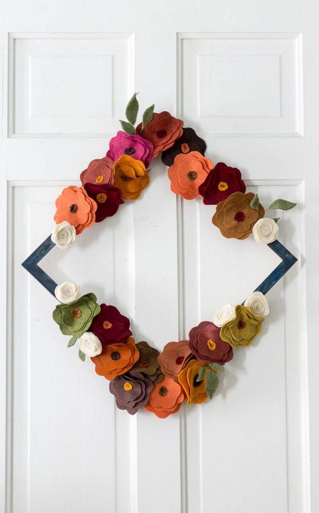 Felt Flower Wreath Tutorial for Fall