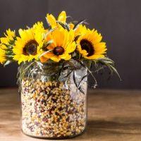apothecary-jars-floral-centerpiece_