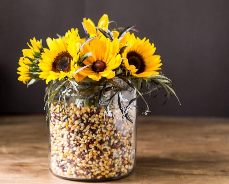 apothecary-jars-floral-centerpiece