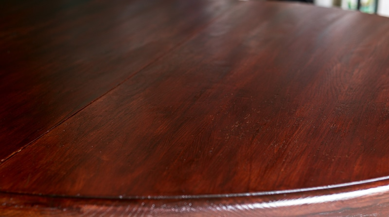 refinished-tabletop-after-3-coats