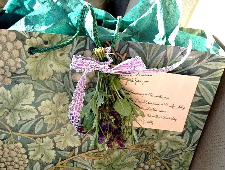 tussie-mussie-on-bag-gardenmatter-com