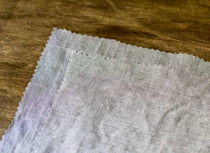 linen-napkins-pinked-edge