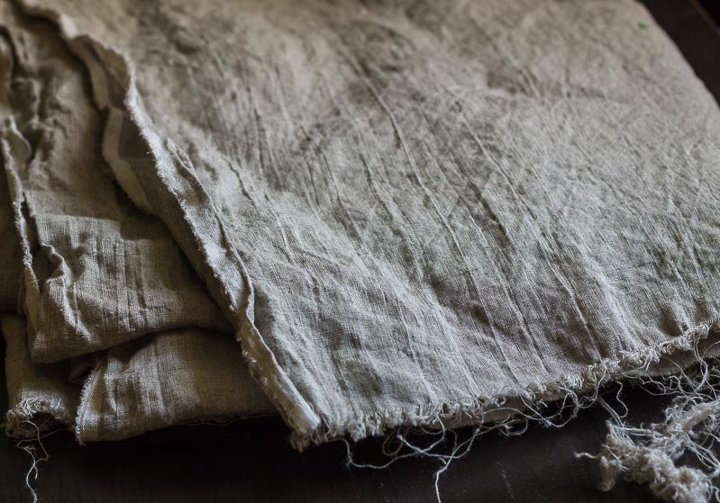 linen-napkins-raw-material