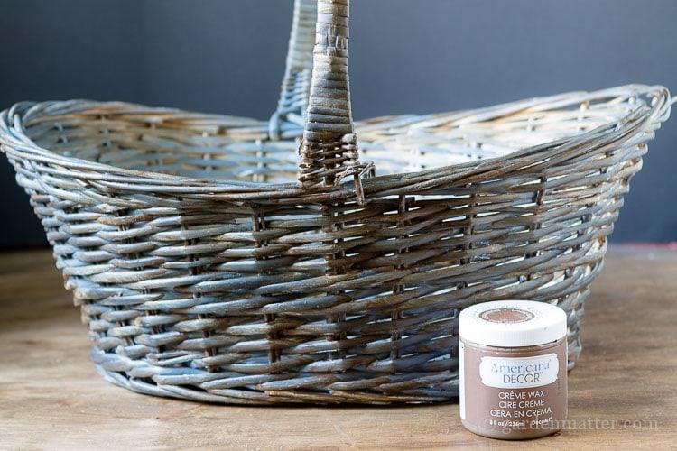 antiquing-willow-basket