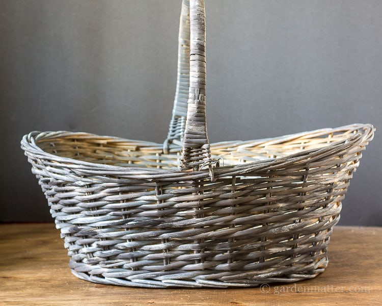 black-white-dry-brushed-willow-basket