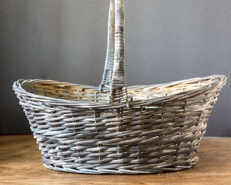 black-white-dry-brushed-willow-basket