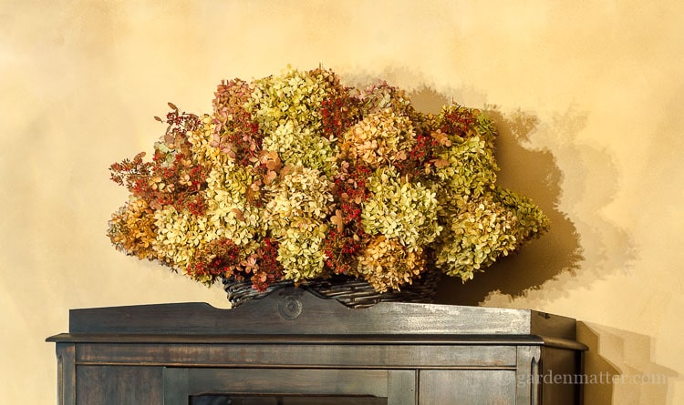 hydrangea-basket-on-cabinet