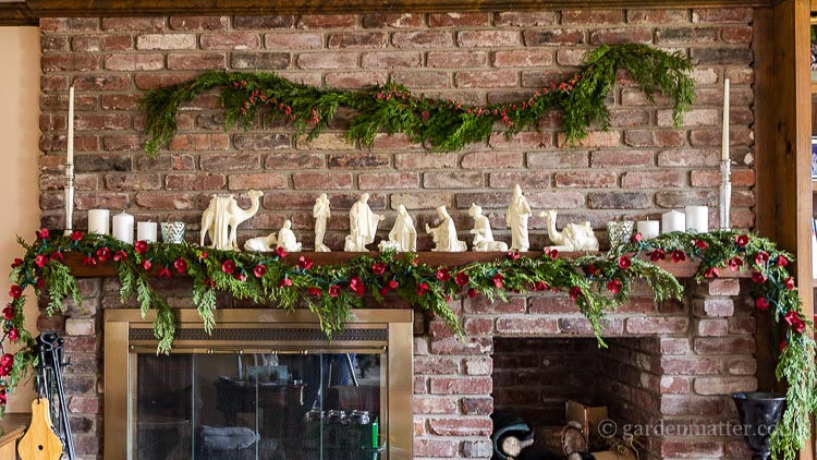 egg-carton-light-garland-on-mantel