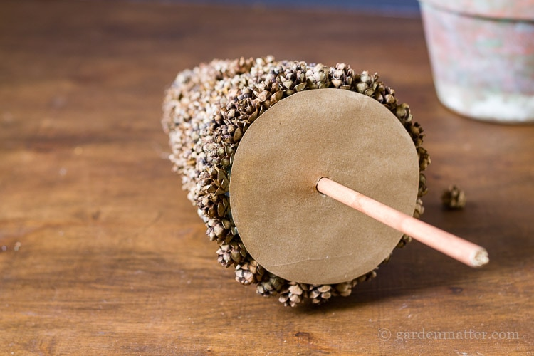 kraft-paper-base-with-dowel-rod-for-trunk