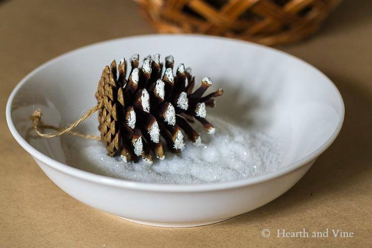 Woodland Tree Pine Cone in Glitter