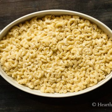 Baking dish with macaroni and cheese