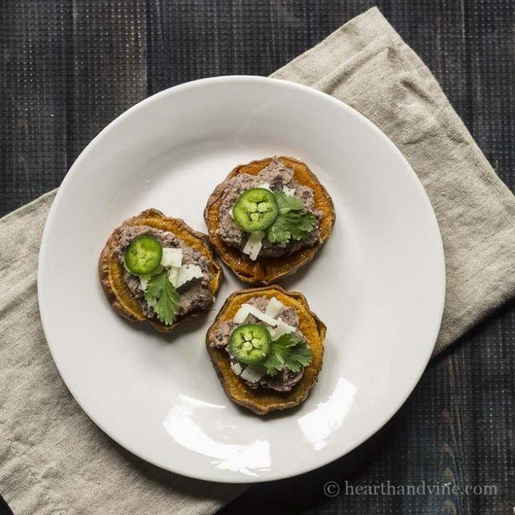Sweet Potato and Black Bean Dip Rounds