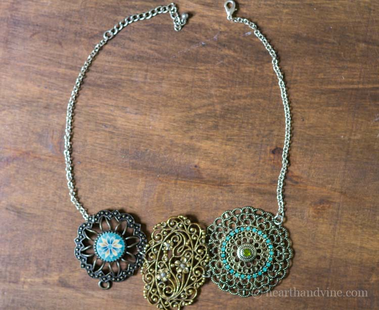 Three piece vintage statement necklace.