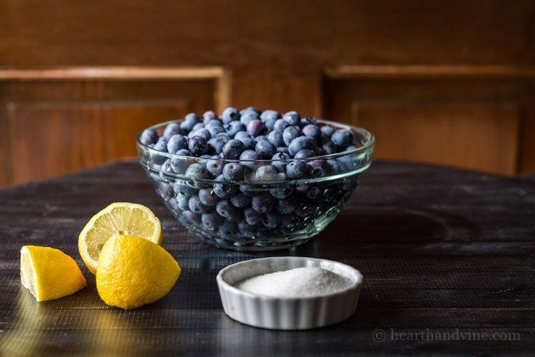 Blueberry sauce ingredients