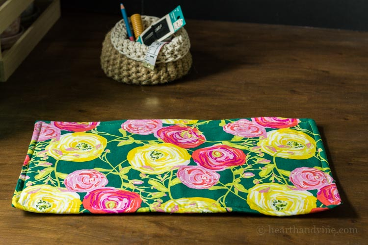 Fat quarter hot pad.