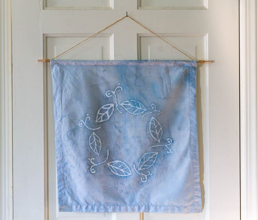 Batik Fabric Art with Glue Creates a Beautiful Wall Hanging