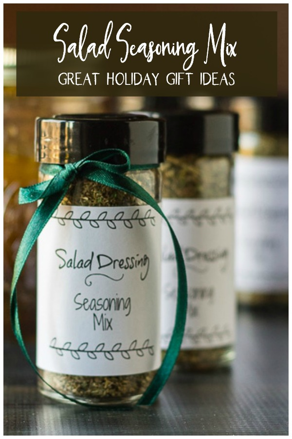 Jars o salad seasoning mix for gifts