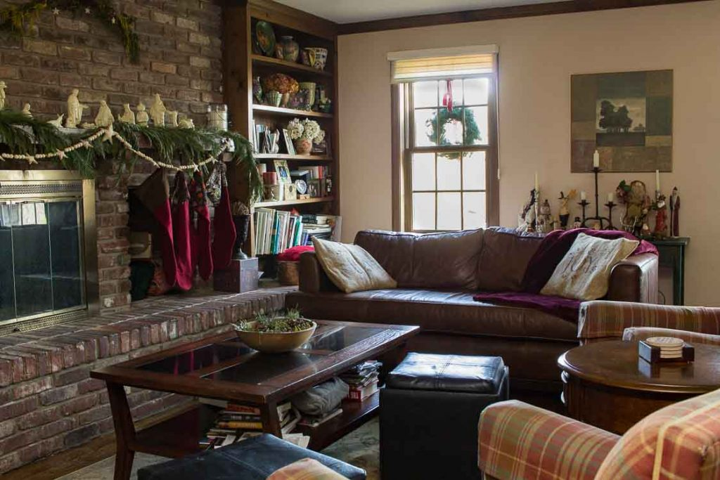 Christmas Home Tour 2017 family room.