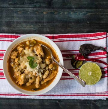 Spicy chicken chili for a hearty meal.
