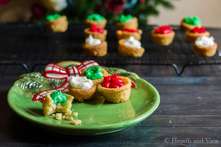 Plate of sugar cookie cups