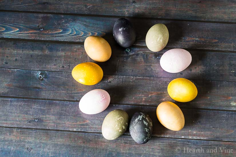 Natural Easter Egg Dye – Simple, Rustic and Beautiful
