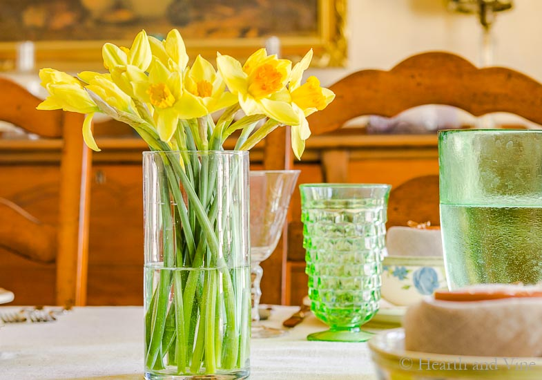 Spring tablescape daffodils in vase