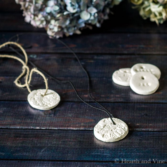 Diffuser Necklace Tutorial – Bring Aromatherapy with You