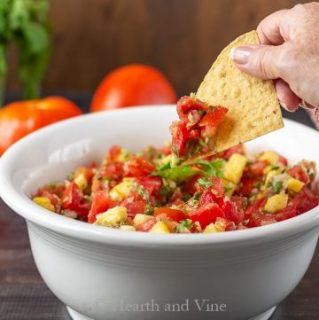 Salsa made with fresh tomatoes and pineapple on chip