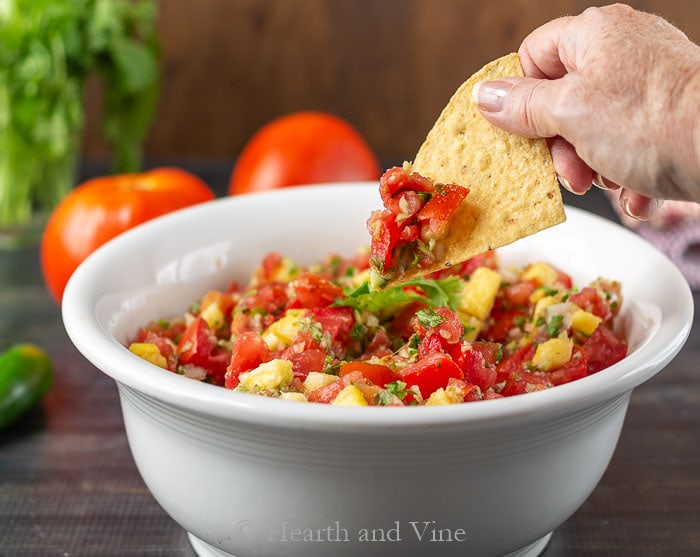 Fresh Tomato Pineapple Salsa You Just Can't Stop Eating