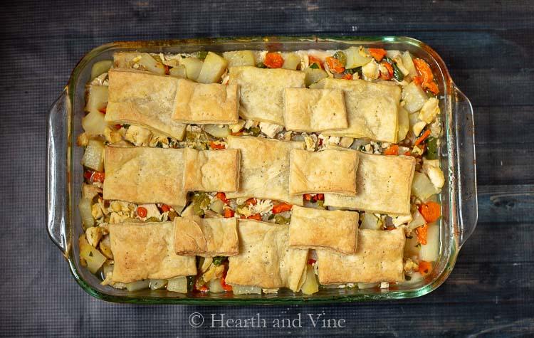 Chicken pot pie casserole baking dish