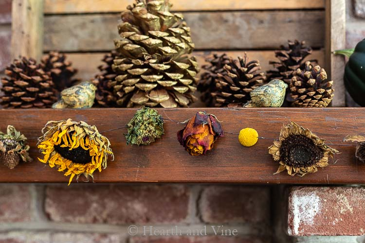 Make a Dried Flower Garland to Beautify Your Home