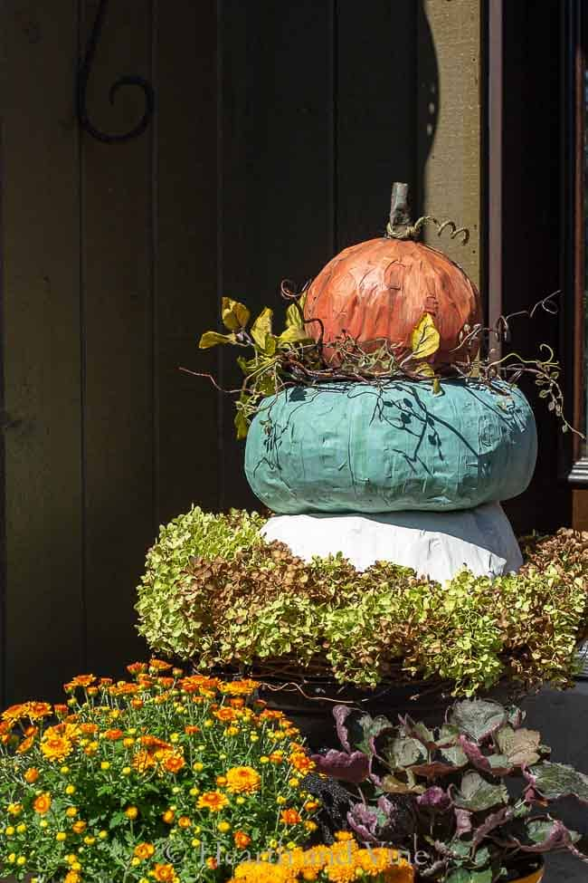 Pumpkin Topiary  – Large Heirloom Pumpkins Made Easy with Paper Mache